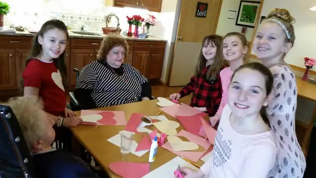 Student Council visits Hillview for Valentines Day