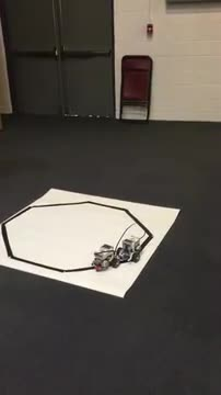 Robot using a color sensor