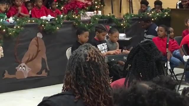 A video of the 2018 Bakerfield/Baker Heights Holiday Cheer Program