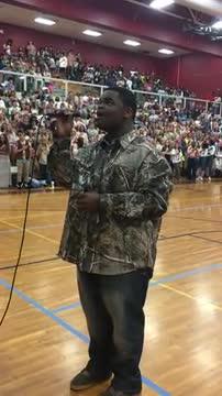 Roman Austin Sings the National Anthem