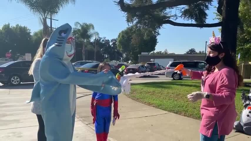 Schools throughout the El Monte City School District celebrates Halloween with a week's worth of activities from Pumpkin Patches, virtual door decorating contests, and Drive-Thru trick or treating to keep spirits up throughout Distance Learning.