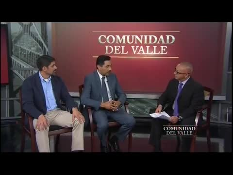 Mr. Juan Cruz and Principal Jose Jacinto discuss early learning on Comunidad del Valle