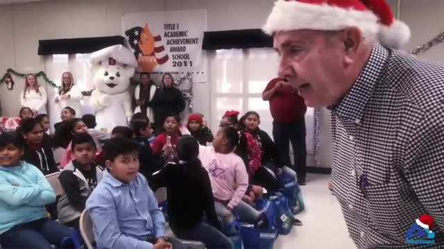 This video highlights the Albertsons holiday extravaganza!