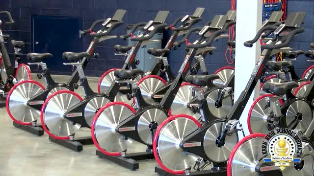 Bakersfield High School students love new fitness center