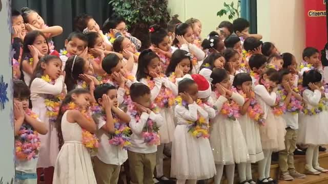 Kinder Holiday Performance
