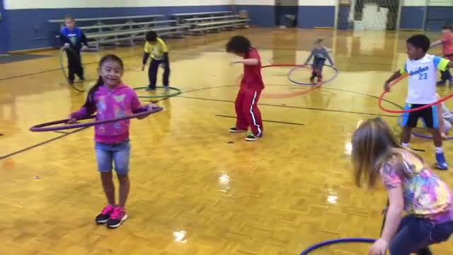Ms. Lack's class practicing with the Hula Hoop.