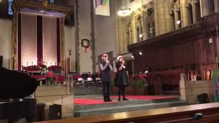 Aolani Cruz and Isabelle Dos Santos sing Silent Night