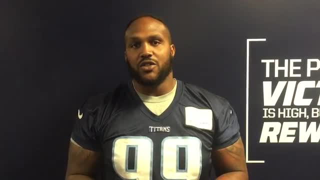 Titans' Players Encourages MES Students