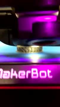 MakerBot 3 d printer